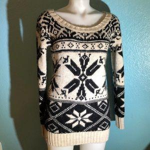 American Eagle Snowflake Wool Sweater Cream Black